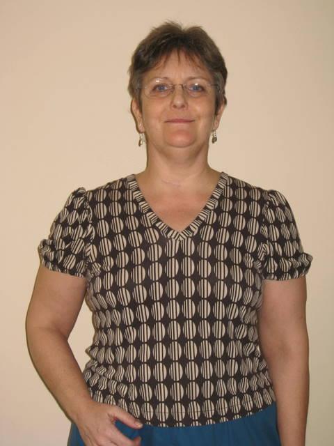knit top patterns. Bound V neck knit top,