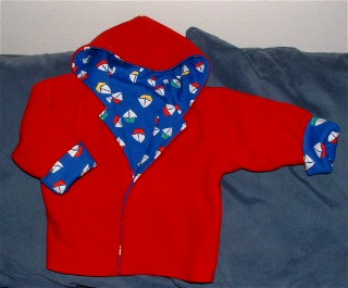 Fleece jacket, nylon wind pants: sewing pattern for dolls.