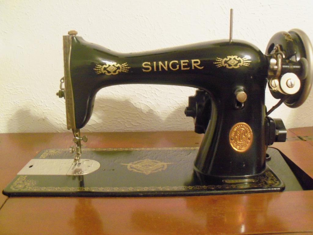 singer sewing machine model 15 88