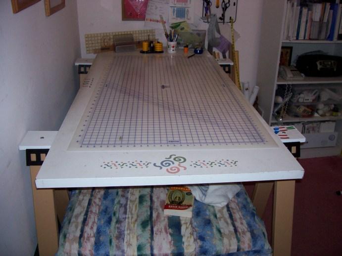 Make A Cutting Table ...