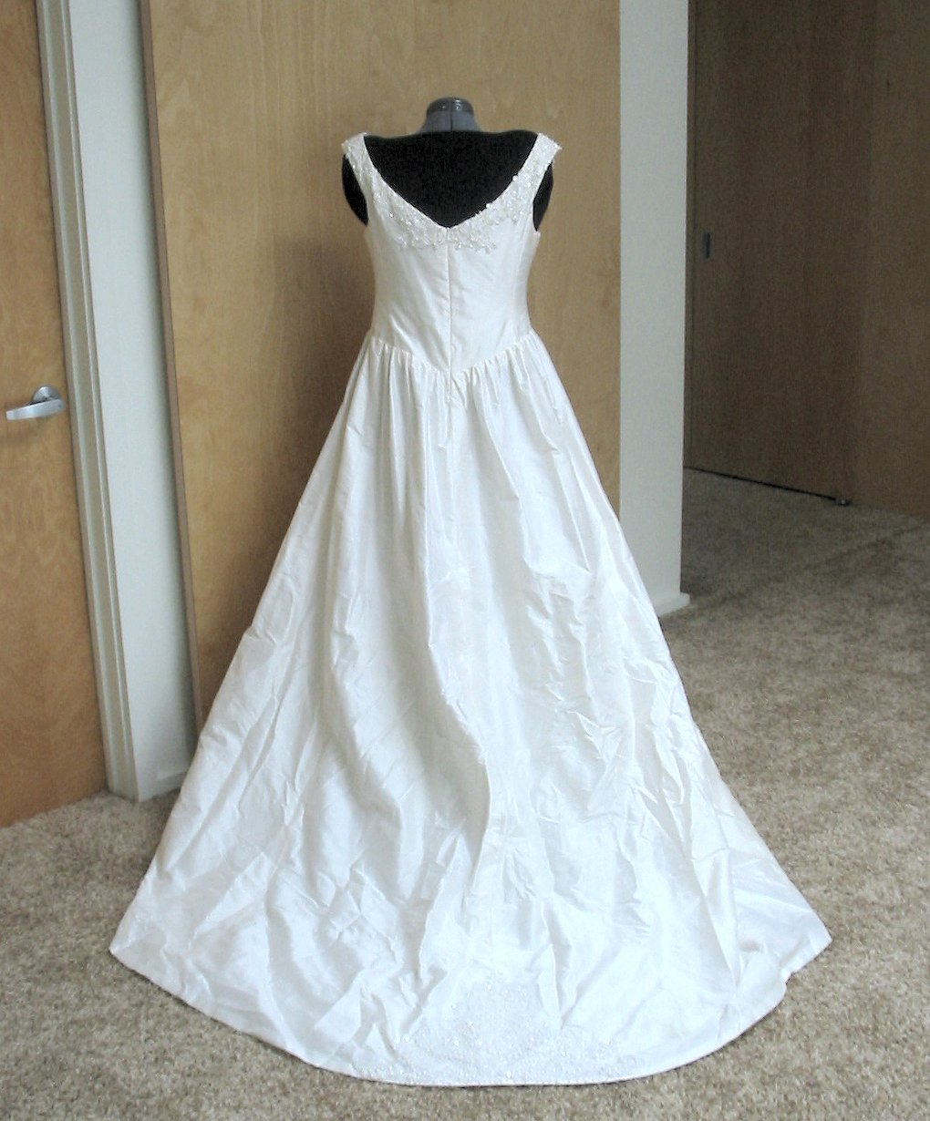 Butterick bridal patterns patterns gallery for Butterick wedding dress patterns