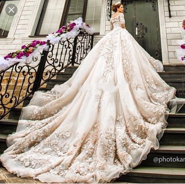 Very Long Train Wedding Dress